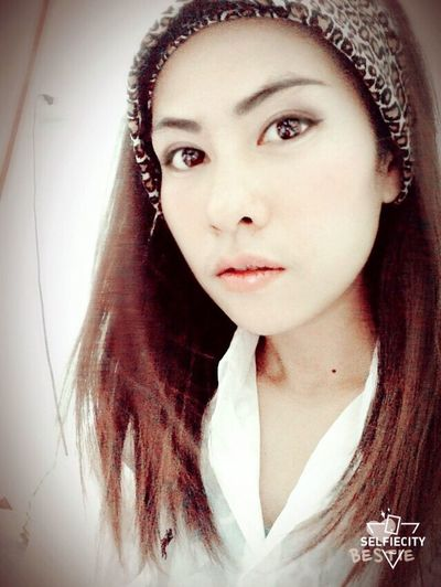 Hello...!!!!????