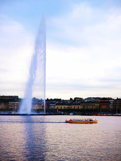 Gorgeous Geneva Geneva Lake Genevafountain Geneva Building Exterior Cloud - Sky Travel Destinations Travel Waterfront