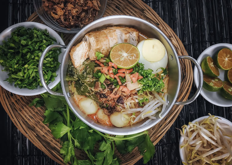 Asian Food Bowl Cafe Close-up Day Delicious Directly Above Food Food And Drink Food Photography Freshness Healthy Eating High Angle View Indoors  Kitchen Lemon Malay Food Noodle Potatoes Ready-to-eat Restaurant Serving Size Soup Table Vegetable