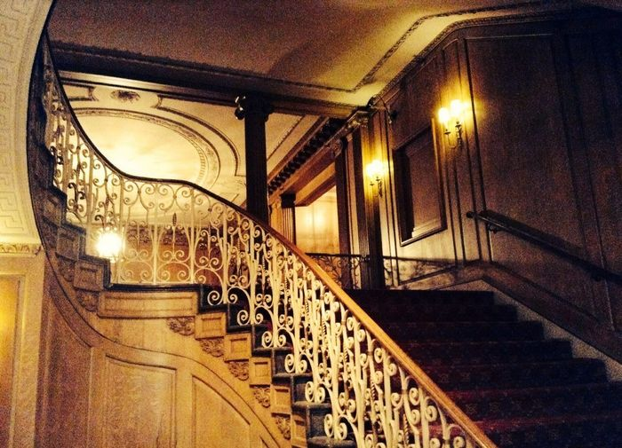 Staircase Bannister Haunted Georgian Architecture Seattle The Fairmont Hotel