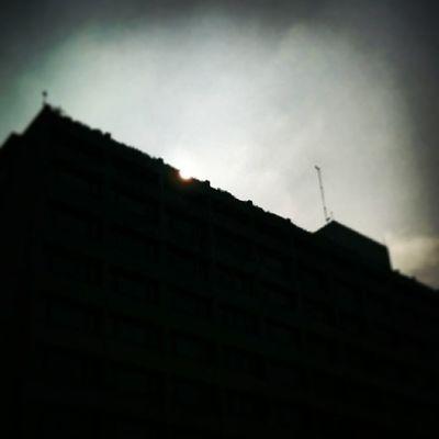 Sunrise at Noon... @OberoiGroup @OberoiNewDelhi