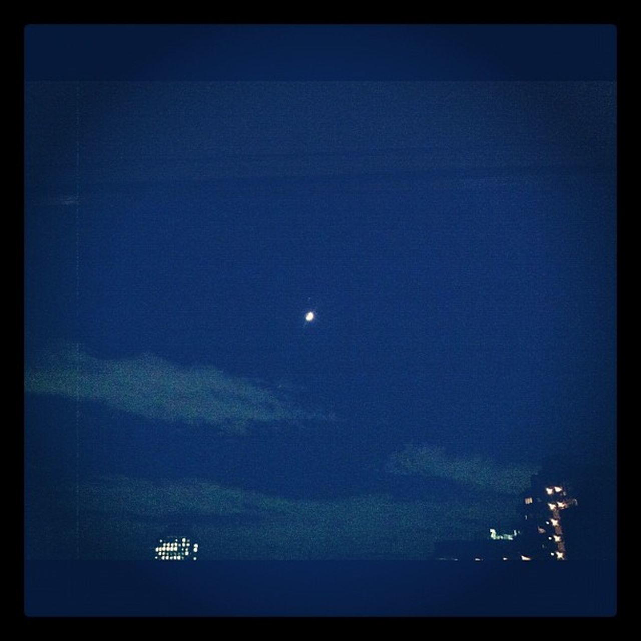 moon, night, astronomy, blue, scenics, nature, no people, beauty in nature, sky, half moon, outdoors, crescent, space