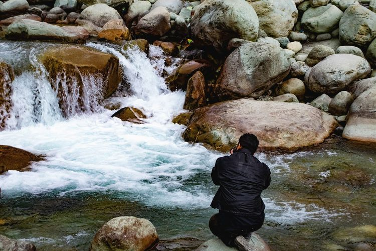 behind every shot lies a lot of efforts and dedication to capture the best moments Dodhpathri Stream Freshwater Exploretocreate Kashmir SNGClicks Water Men Rock - Object Rushing Flowing Water