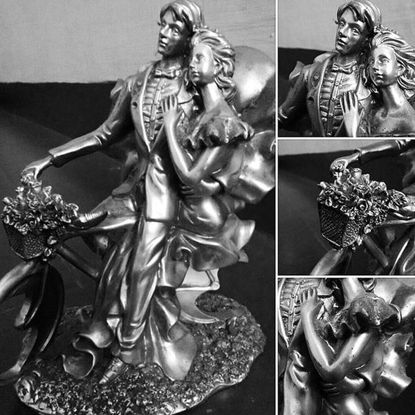 Found this in my grandma's home. Someone's gift to my cousin Love Couple Lovecouple Couples Sculpture Lovely Gifts OldMemories Lovelife Romantic Valentine