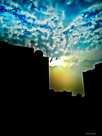 Dramatic Sky Sky Blue Sky Blue Sky White Clouds Blue Sky And Clouds Sky And Clouds Skylovers Sky_collection Sky_collection Sky_ Collection Clouds Clouds And Sky Cloud - Sky Cloudy Sun Sunlight Sunny Day Sun_collection Sun Light View From The Window... Building Built Structure Buildings & Sky Mobile Photography Love To Take Photos ❤