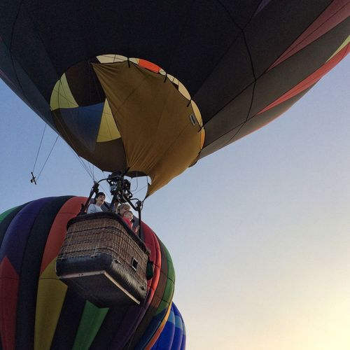 Departure ✨♨️💨🎈😃 Tadaa Community Hot Air Balloon Adventure Transportation Outdoors Sport Flying Low Angle View Sky Day Hot Air Balloon Festival Connecticut IPhoneography Multi Colored Nature