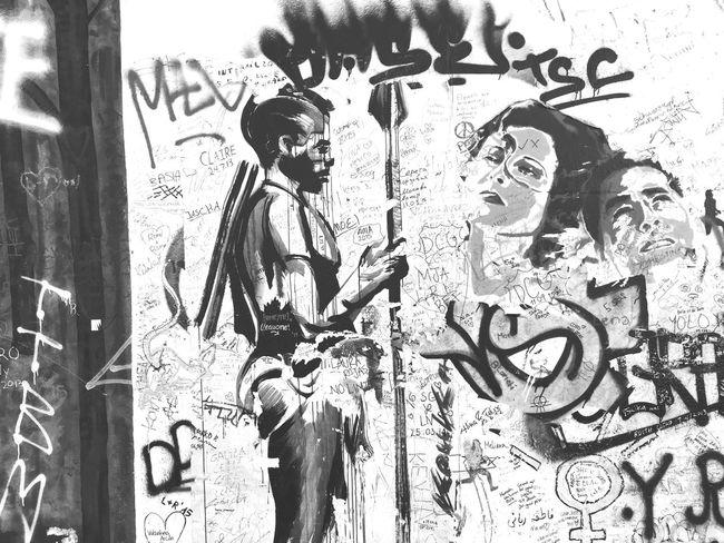 Berlin Graffiti Graffiti Wall Streetphotography Street Photography Blackandwhite Black & White Black And White Blackandwhite Photography Street Art Capture Berlin