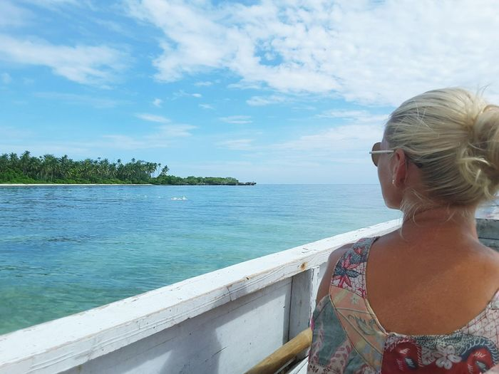 Awesome holiday Beautiful Woman Beautifullandscapes Travel Destinations Outdoors Blue Sky Blue Water Beautifull Island Beautiful Sky Onboat Hogaisland Wakatobi