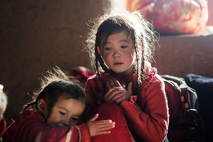 Kyrgyz kids This Is Natural Beauty Child Childhood Females Smiling Portrait Togetherness Girls Happiness Domestic Life Males