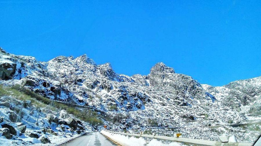 Ao ver estas montanhas é que damos conta do tão minusculos que somos no nosso mundo. Serra Da Estrela First Eyeem Photo