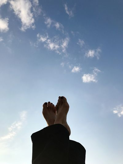 Just relax and watch the clouds Sky Cloud - Sky Real People One Person Low Angle View Human Body Part Love Yourself Leisure Activity Day Human Leg Outdoors Lifestyles Low Section Adult People Nature Go Higher #FREIHEITBERLIN
