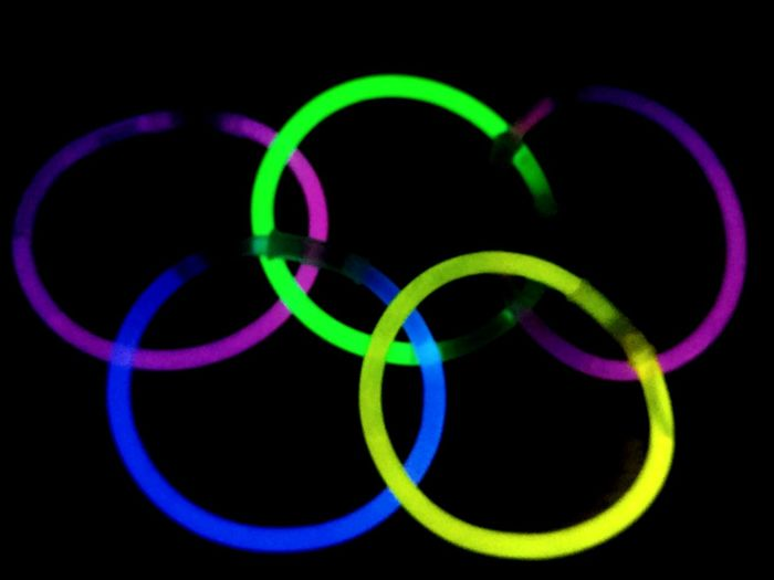 Neon Life Green Color Circle Multi Colored No People Black Background Close-up Indoors  Olypics Neon Lights NeonEffect Neon Neon Sign Glowsticks