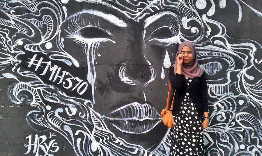 Urban Art MH370 Grafitti