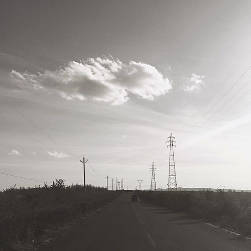Hello World EyeEm Sky Blackandwhite Black & White On The Road Enjoying Life Light And Shadow