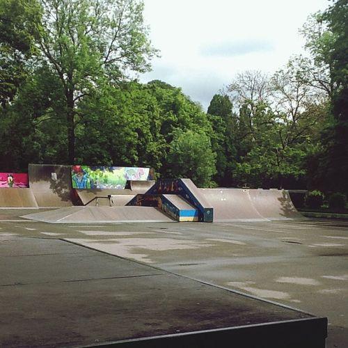 Skatepark Walking Around Jena Green