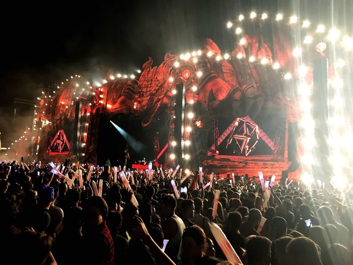 Lost frequencies at Untold 2017 Untold Festival Lost Frequencies Large Group Of People Night Arts Culture And Entertainment Illuminated Crowd Celebration Event Audience Music Stage - Performance Space Popular Music Concert Red Real People Performance Men Excitement Stage Light Nightlife Outdoors People