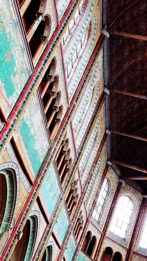 Full Frame Backgrounds Pattern Close-up Architecture Architectural Design Architecture And Art Architectural Feature Hanging Light Colored Pencil Architectural Detail Deterioration