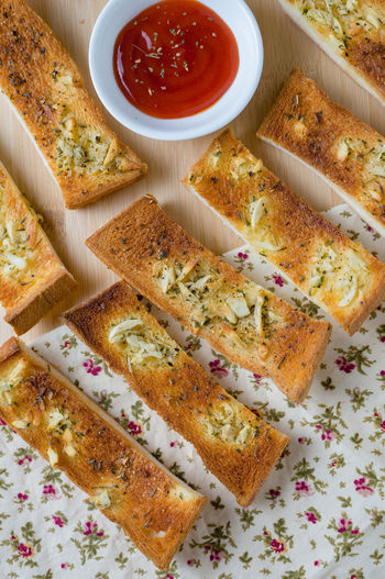 Arragements Bowl Bread Bread Sticks  Close-up Day Directly Above Food Food And Drink Freshness Garlic Bread Healthy Eating High Angle View Indoors  Indulgence Ketchup No People Plate Ready-to-eat Spread Toasted Bread