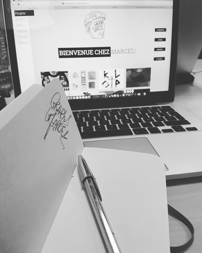Mon site est enfin en ligne. Retrouver tout mon univers et plus encore. http://webndesign.fr/cornardeauthomas/ Graphic Design Web No People Apple Marcel Designer  School