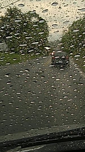 Check This Out Raindrops Rainy Day Photography On My Way To Work Idk Lol Taking Photos