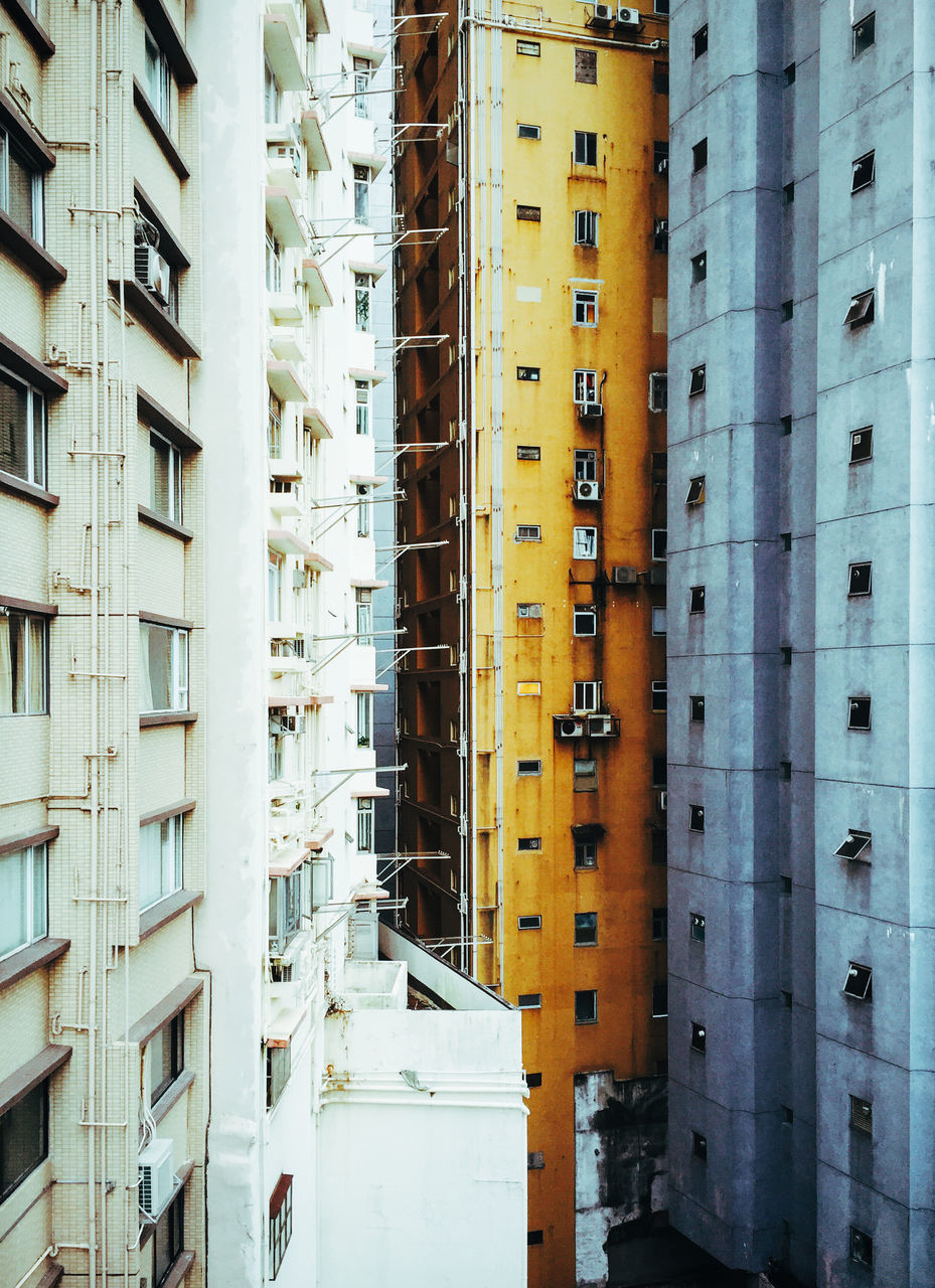architecture, building exterior, built structure, city, outdoors, day, no people, residential building, cityscape, apartment