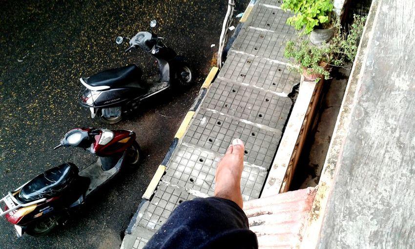 Njoyin d rain Bengalrurains**summershowers