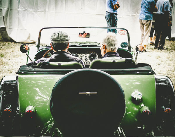 les autos enjouées Car Old Car Old Cars Exposition Old Cars ❤ Outdoors Voiture Voiture Ancienne Voiture Retro My Year My View
