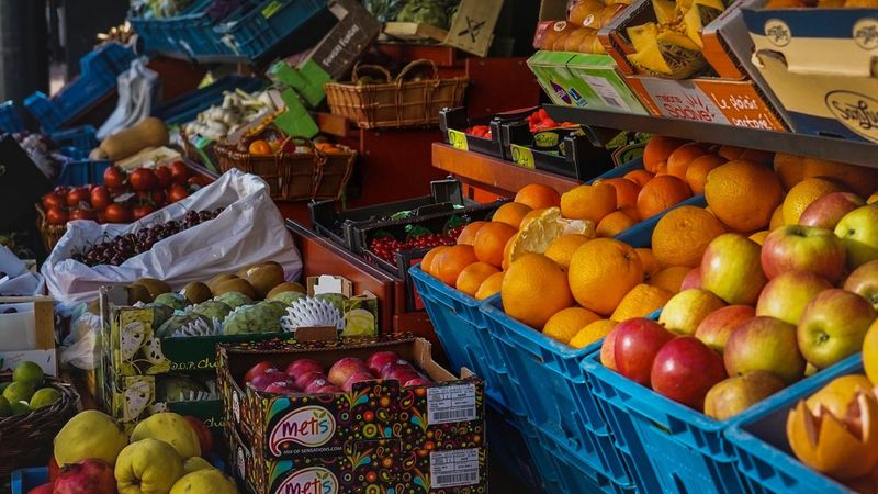 Fruit Market Market Stall Food Healthy Eating Food And Drink Choice Freshness Apple - Fruit Retail  Variation Abundance For Sale Vegetable Tomato Price Tag Day Outdoors Large Group Of Objects Multi Colored