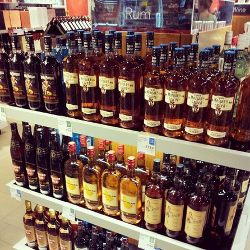 Mmm! Rum Morgans Instaliquor