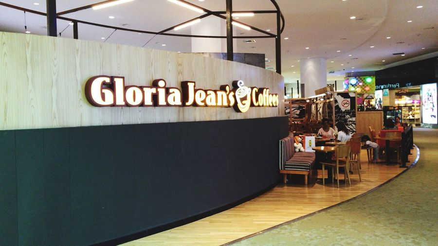 Gloria jeans everywhere IPhoneography