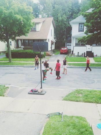 The kids playing a liddo Afternoonbasketball Basketball ❤ Theysayballislife Buckets