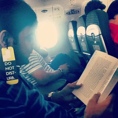 Yes, you. Do not disturb! Dnd Donotdisturb Reading Hbr flight inflight