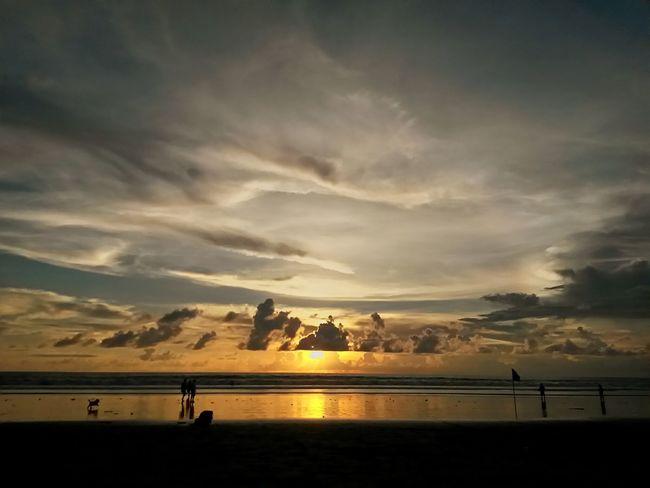 Sea And Sky Sea Beach Beachphotography Beach Photography Beach Sunset Sunset Sunsets Sun Bali Bali Beach Bali Sunset