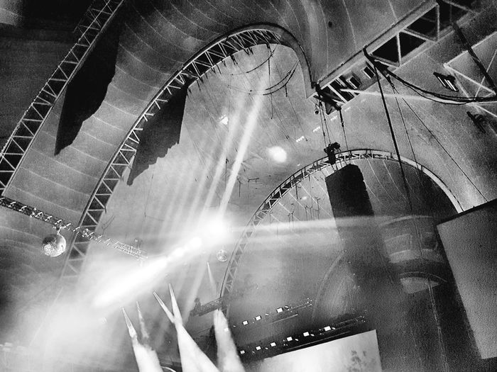 Gig up Industrial Gig Hall Lights Spotlight Opressive No People Architecture first eyeem photo