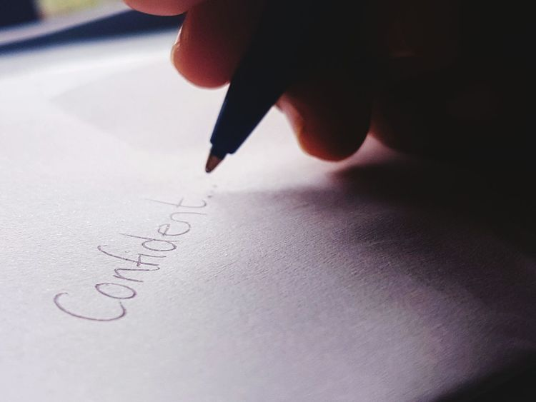 Close-up Handwriting  Confindent attitude makes a difference, so choose to be confident.