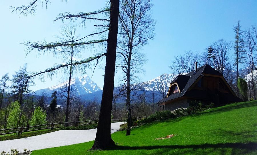 Mountain View Tatramountains Snow Winter Tree House Azure Sky Sky And Clouds