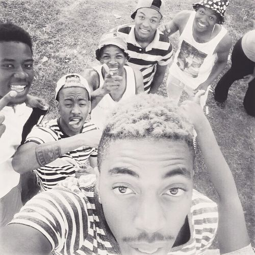 My_Squas Getting In Touch Relaxing EyeEm Nature Lover Love It ❤ Black And White Photography Soaking Up The Sun Boyz