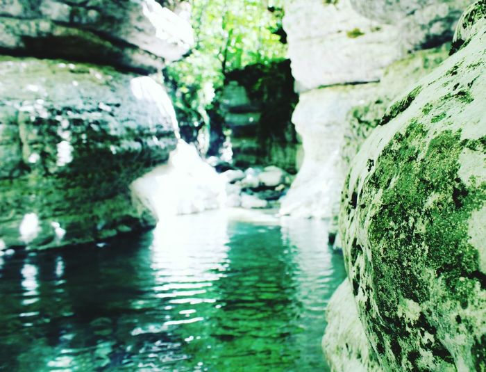 canion Nature Lifestyles Nature_collection Nature Photography Love Photography Photo Colorful Green Color Travel Destinations Travel Traveling Travel Photography No People Water Waterfall Motion River Close-up Flowing Water Rock Formation Hot Spring Rocky Mountains Physical Geography Geology