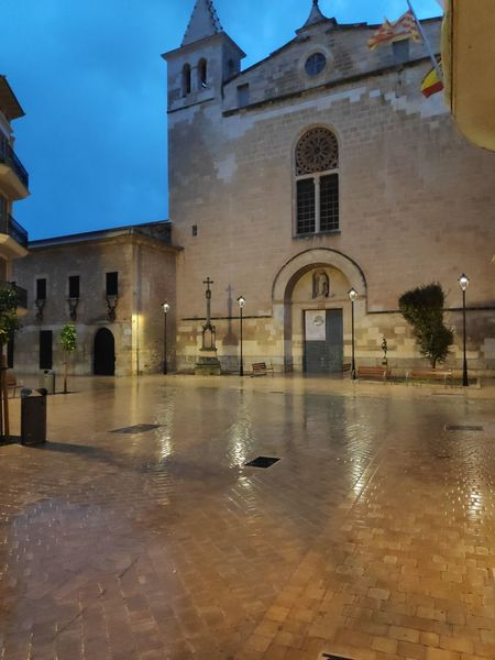 Es Convent Mallorca Dominicos Water Wet Reflection Sky Architecture Building Exterior
