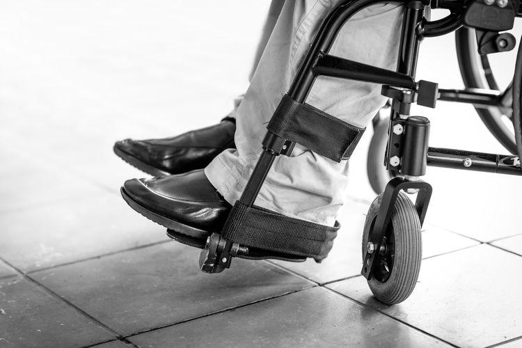 Wheelchair Low Section Human Leg Flooring Physical Impairment Medical Equipment Wheel Wheelchair Disability  Foot Rest Sitting Disabled Quadriplegic Paraplegic Spinal Injury