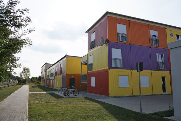 Accommodation Architecture Architecture Asylbewerberheim Asylbewerberunterkunft Asylum Seekers Hostel Building Exterior Built Structure Colorful Container Day Flüchtlingsheim Flüchtlingsunterkunft Germany Hannover Housing Multicolored Prefabricated Houses Refugee Accommodation Refugee Hostel Refugees Welcome Window