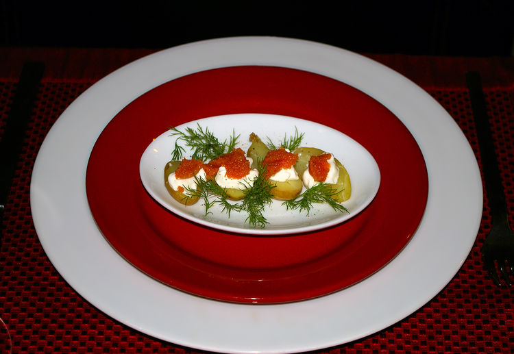Fancy homemade appetizer with salmon caviar on small boiled potatoes with sour cream Food And Drink Plate Red Food Healthy Eating Wellbeing Freshness Indoors  Table Ready-to-eat Serving Size Still Life No People Close-up Appetizer Tablecloth Garnish Place Mat Salmon Roe Salmon Caviar Boiled Potatoes Sour Cream Plate Setting Dill