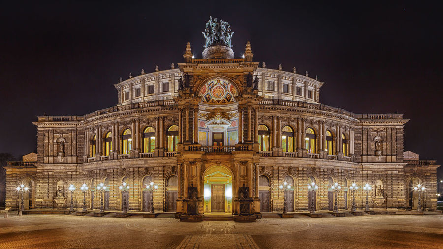 Dresden Semperoper Nightphotography