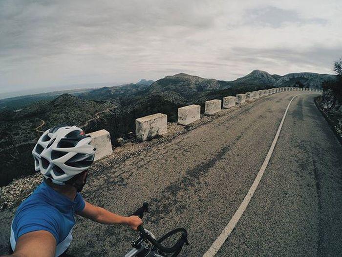 lekcja życia. Cycling Uphill Mountains Thisiscycling Road Me Openroad Roadbike OutsideIsFree Landscape Trekbikes Calpe Roadtrip VSCO Vscocam Training