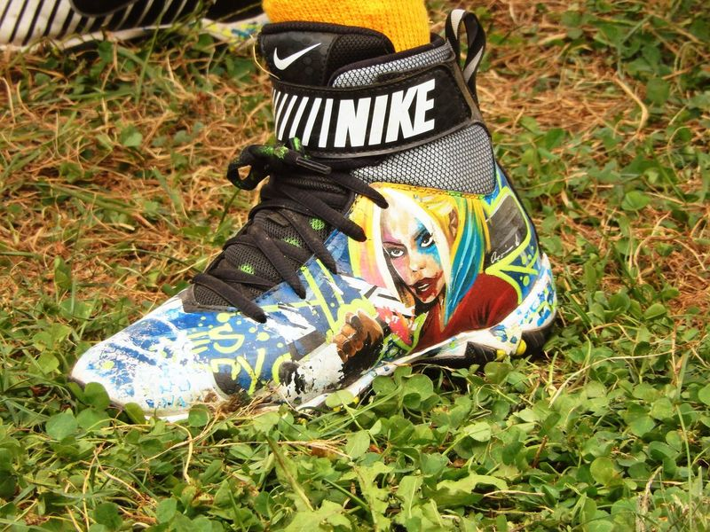 Grass Green Color Field Outdoors Surface Level Football Cleats Colorful Animated Art The Color Of School Designer  Sneakers Artistic EyeEm School EyeEm Gallery Eyeem Market Feet Human Foot Low Section Person Pennsylvania Nike✔ Homemade Eyeem Collection