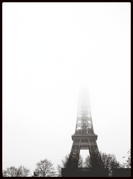 Tour Eiffel Foggy Morning Blackandwhite Don't Be Square
