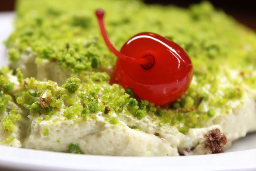 Cake Cherry Cherry On Top Close-up Day Green No People Ready-to-eat Red