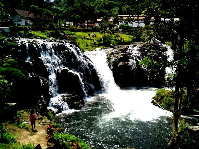 Waterfall Verybeautiful Mytripmyhappiness Taking Photos Check This Out Hanging Out