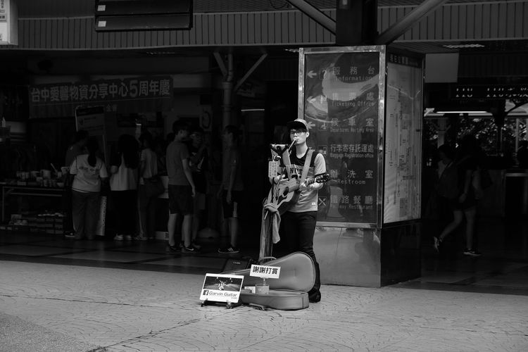 Full Length Downtown District Lifestyles City City Life Street Musicians Street Music Street Musician Day Street Music Festival Street Musician Street Music Day Street Muscians Guitar Player