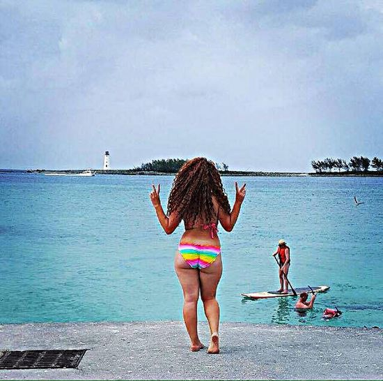 Suns out buns out!! Check This Out Summerfun Funinthesun  Islandpicture Lifeisbeautiful TravelingIsFun Magazinemodel Bahamas Nassaubahamas Postcardpicture